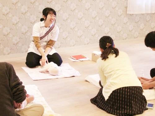 【3月24日(火)あと3組募集中!】府中の人気親子カフェでベビーマッサージ