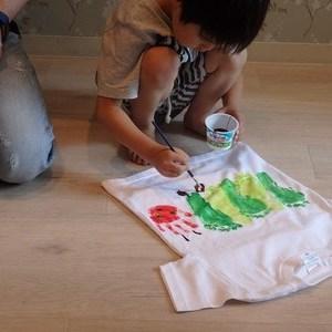7月23日(祝・木)作って遊ぼう『第6回オリジナル手形Tシャツを作ろう♪』お知らせ